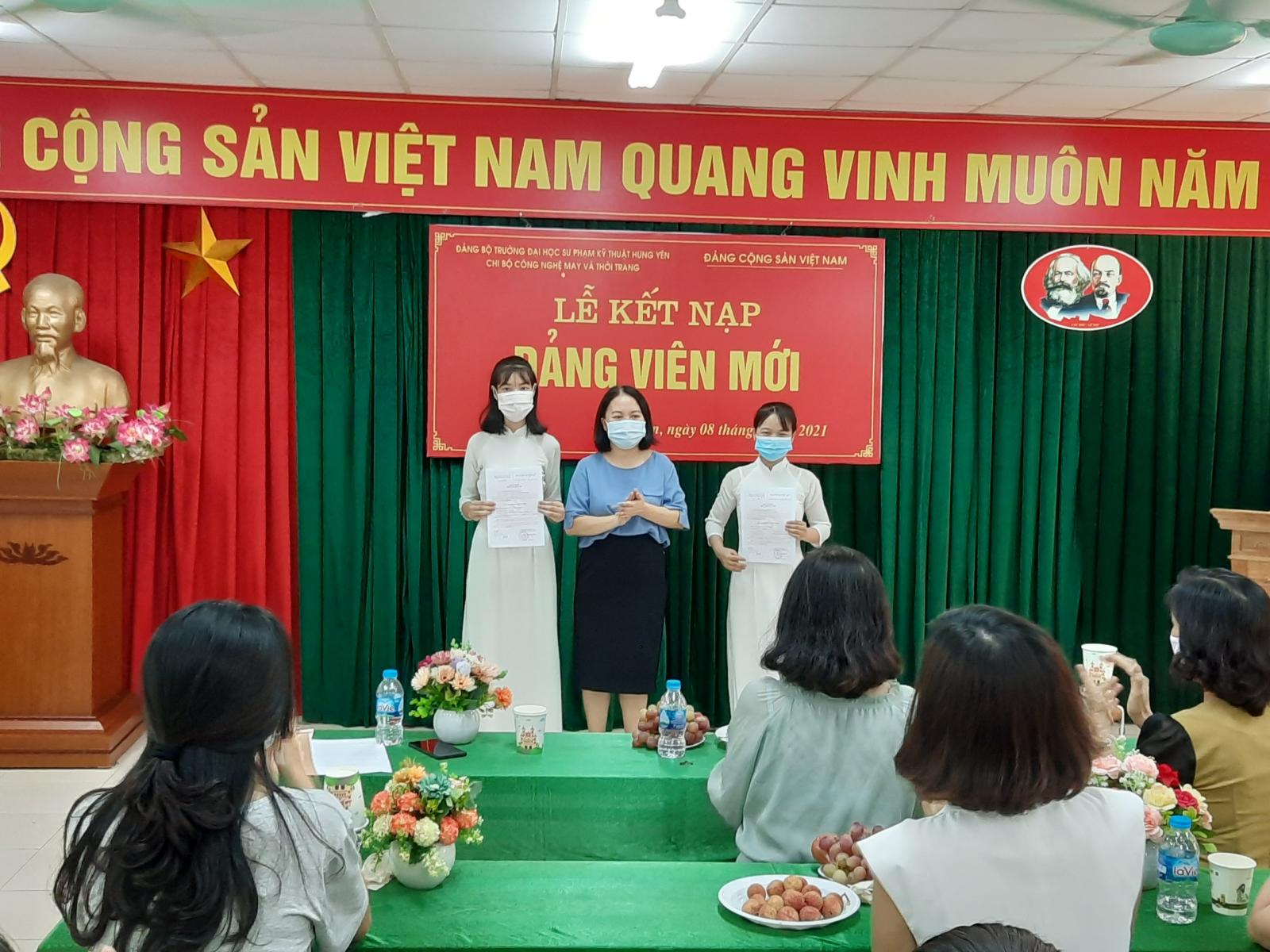 Lễ kết nạp Đảng viên mới năm 2021