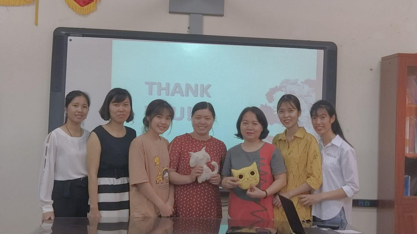 Lễ bảo vệ đề tài sinh viên NCKH bộ môn Quản trị kinh doanh thời trang năm 2019 - 2020